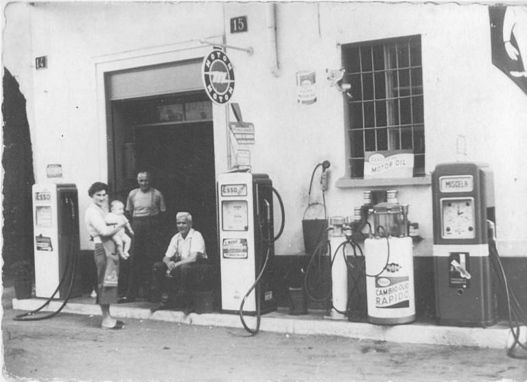 Officina e pompa di benzina