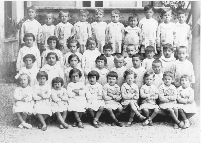 Bambini dell'Asilo Marangoni