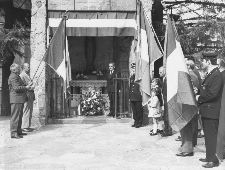 Cerimonia alla cappella della Merona